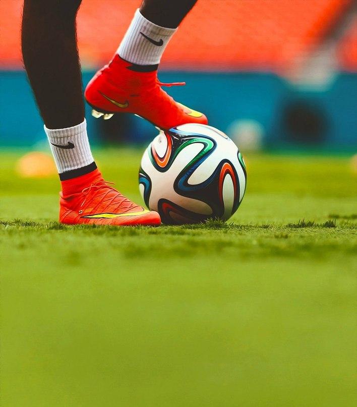 картинки с надписью футбол фото создания книги