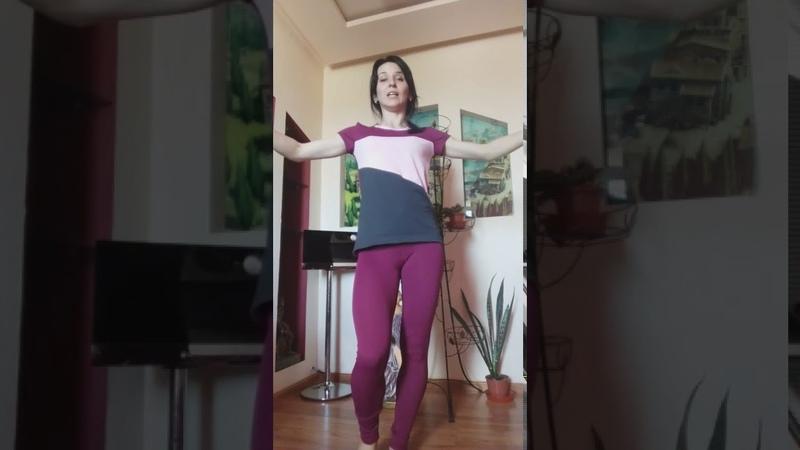 Клуб села Бирюки Занятия танцевального коллектива Отработка движений по belly dance хаггала