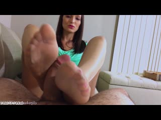 Lexi Luna Footjob - Pantyhose MILF Mommy Incest Big Tits Pov Cum