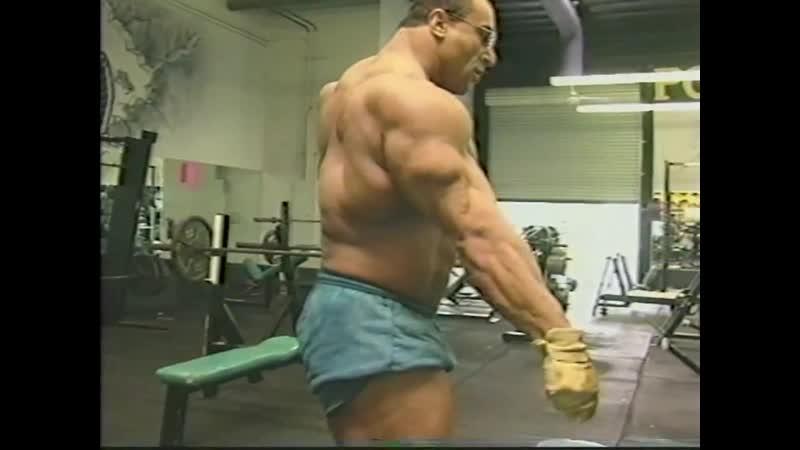 Nasser el Sonbaty Practice Posing
