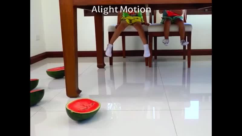 Смешные Дети и Большой Бассейн Арбузов Смешные Видео Для Всей Семьи DVDRip 43
