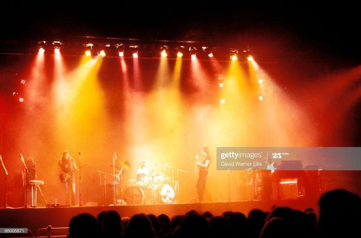 Концерт в Эрлс Корт