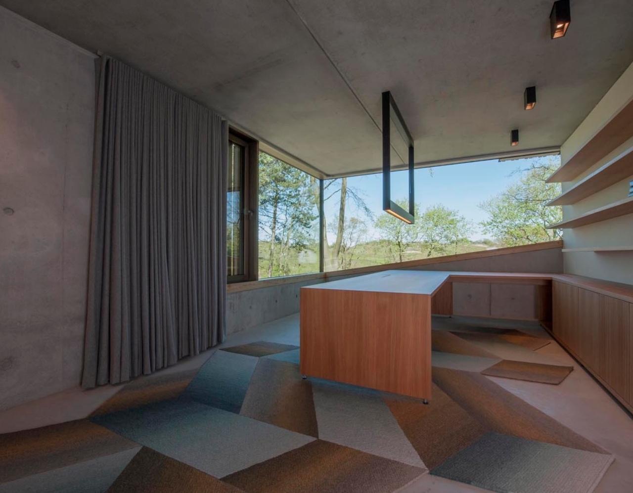 Вилла Meijendel от VVKH architecten, Нидерланды.