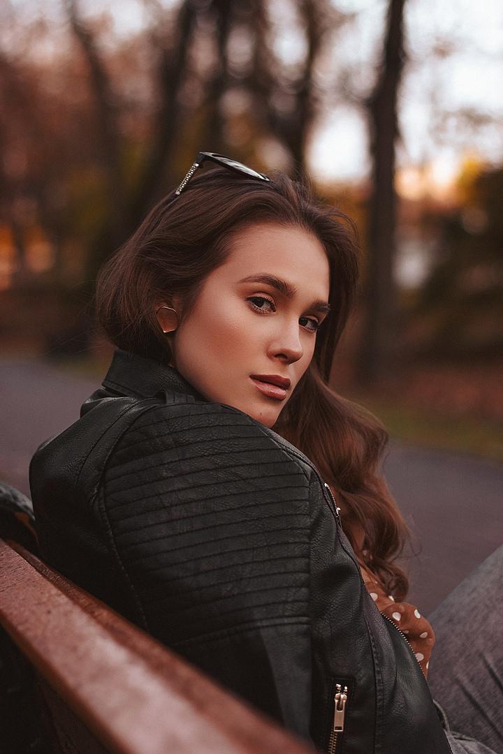 Девушка модель ищет фотографа авито работа для девушки в дербенте