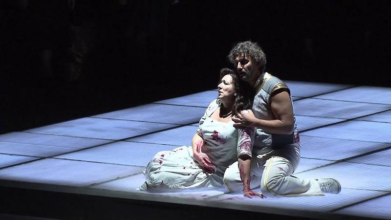 Krassimira Stoyanova and Jonas Kaufmann in the final act of Giuseppe Verdi's AIDA