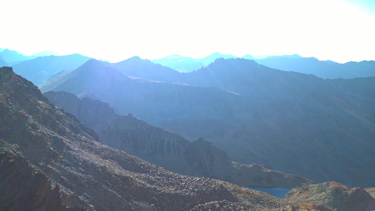 Светило хорошо помогает ориентироваться в горах