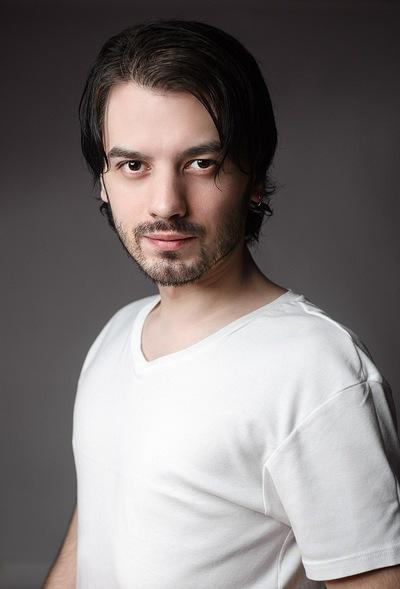 Михаил Абрамов