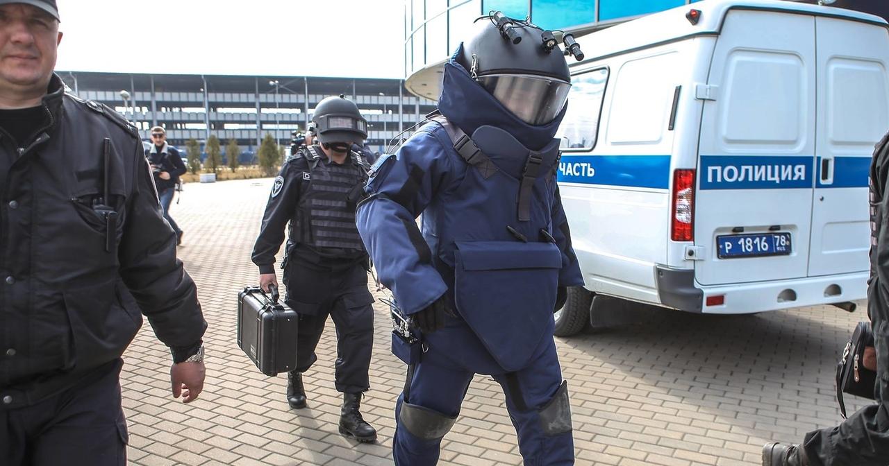 В Дубне эвакуировали школу из-за анонимного звонка о взрывном устройстве