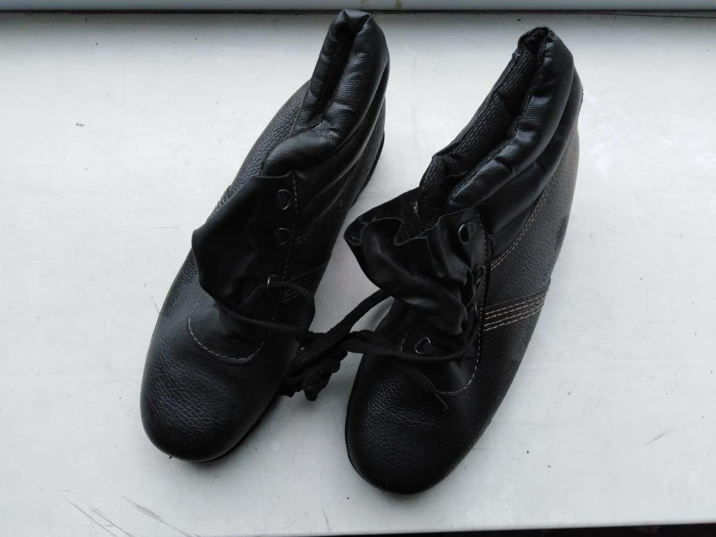 Продаются мужские, рабочие ботинки 42 размера. Очень