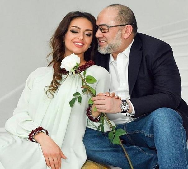 Оксана Воеводина: «Надеюсь, что в будущем мы с экс-королем Малайзии останемся друзьями ради ребенка»Сейчас ей жестко