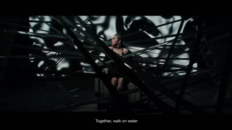 G.E.M.【WALK ON WATER】MV (電影《終結者:黑暗命運 Terminator - Dark Fate》中文主題曲) [HD] 鄧紫棋
