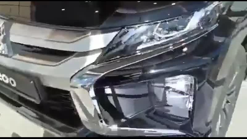 Маркетинговый ход в салоне дилера Mitsubishi