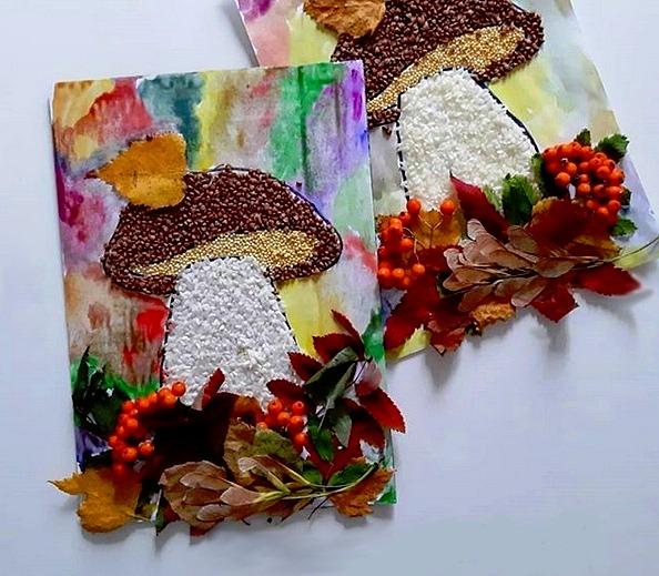 Аппликация из круп: Осенний гриб Материалы: - крупа, - клей ПВА, - сухие листья, ягоды, - акварельные краски. P.S: работать лучше на плотной бумаге или можно наклеить шаблон на