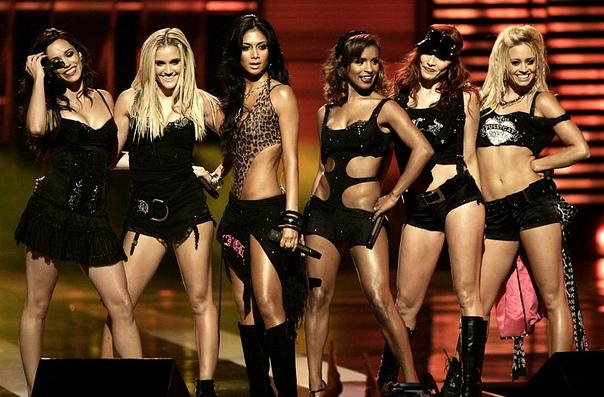 Pussycat Dolls вернулись на сцену после 10-летнего перерыва! Сейчас отправятся в гастрольный тур.А вы их слушаете или