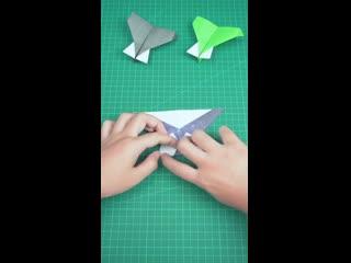 Как сделать  бумажный самолетчик-демон. Пошаговая инструкция.