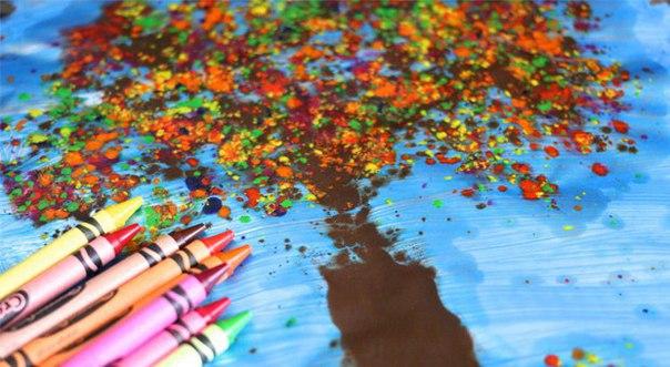 НЕТРАДИЦИОННЫЕ ТЕХНИКИ РИСОВАНИЯ. ОСЕНЬ Сегодня мы хотим вам рассказать об очень интересной технике рисования осенних пейзажей. Вам потребуются восковые карандаши (мелки), терка, восковая и