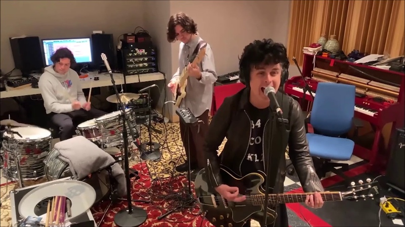 Billie Joe Armstrong With His Sons I Think Wer'e Alone Now