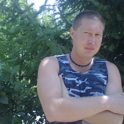 Виталий, 38, Olmaliq