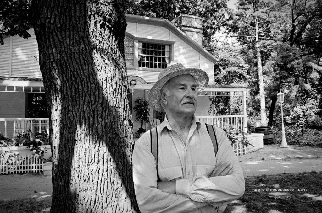 Народный артист СССР Владимир Зельдин скончался утром 31 октября в НИИ Склифосовского, сообщает ТАСС.