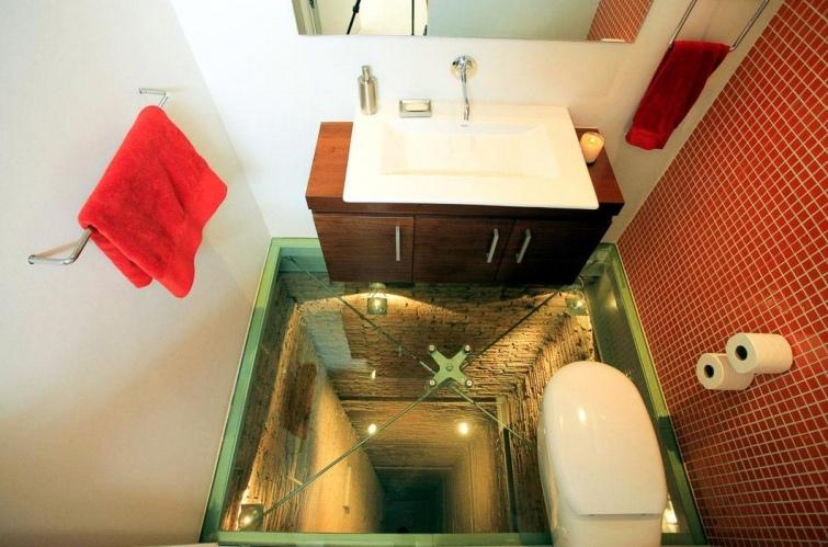 Как выглядят туалеты богачей и бедняков в разных странах мира, изображение №19