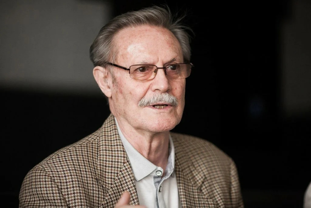 Сегодня 85 - летний юбилей отмечает Соломин Юрий Мефодьевич.