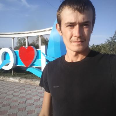 Иван, 25, Kapshagay