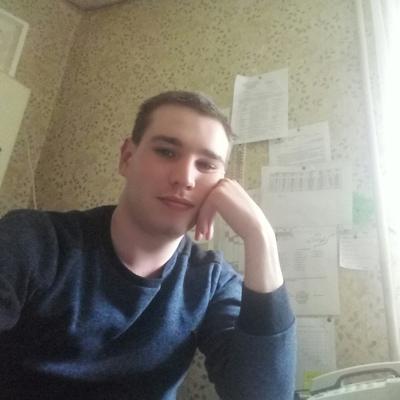 Рома, 23, Ramenskoye