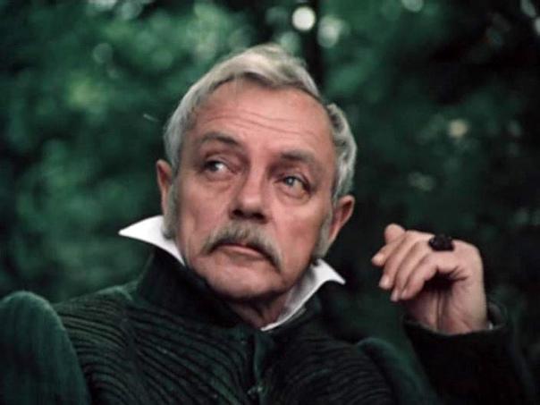 Мы помним!Кирилл Юрьевич Лавров - любимый миллионами зрит...
