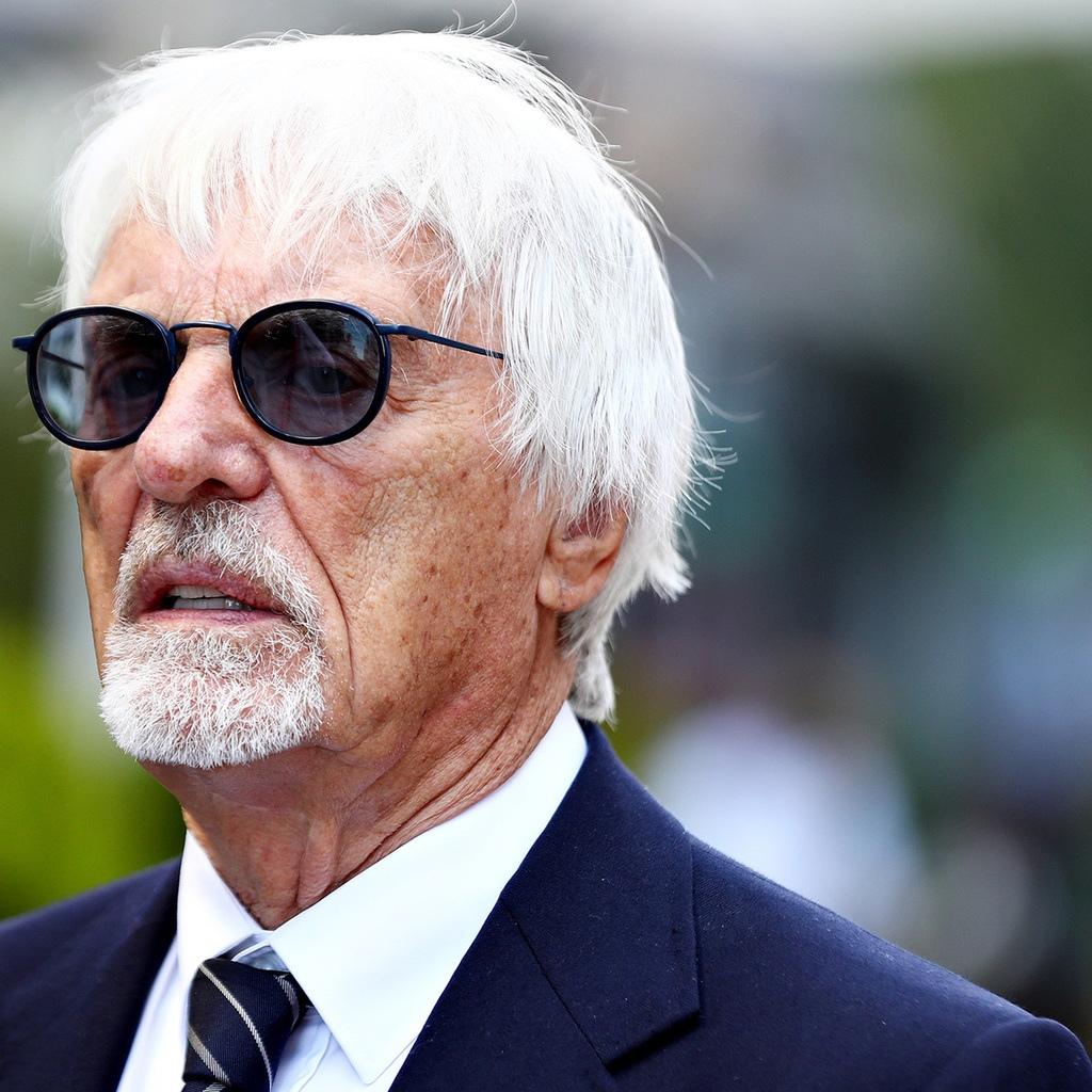 Бывший руководитель «Формулы-1» назвал черножопых расистов расистами