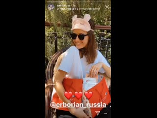 Видео из Instagram Stories Саши Лусс (Sasha Luss)