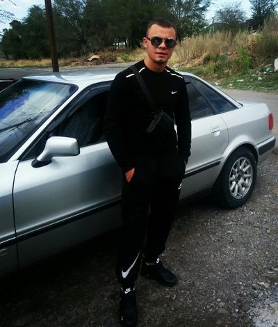 Виталий, 26, Esik