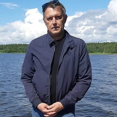 Mikhail, 50, St. Petersburg