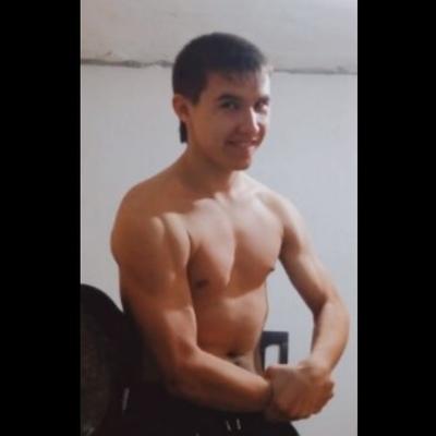 Денис, 23, Varenikovskaya