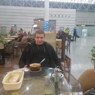 Роман Кагазежев
