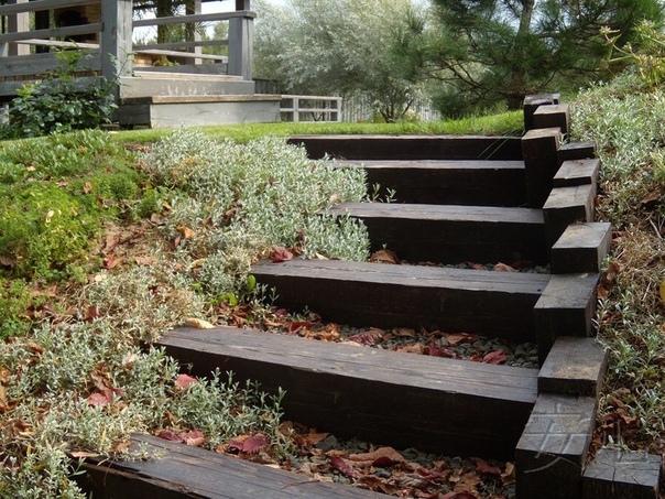 Какой вариант оригинальных ступеней на загородном участке вам больше всего понравился (источник: gofazenda)