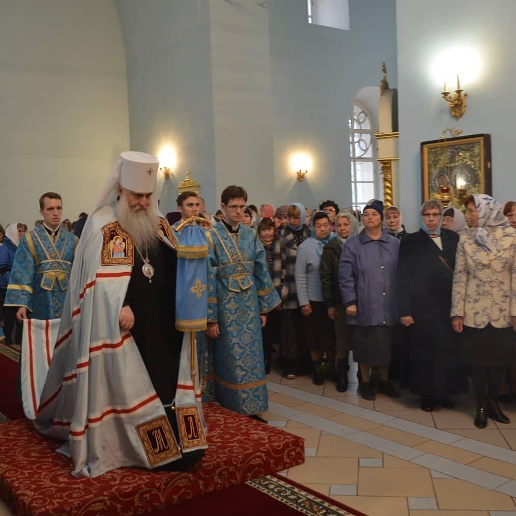 В день Казанской иконы Божией Матери митрополит ЛОНГИН совершит богослужение в Петровске