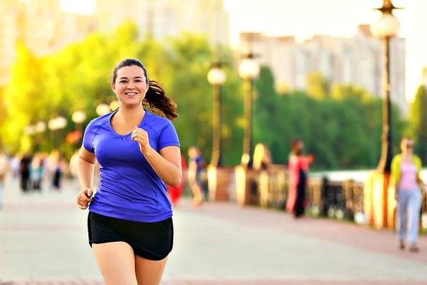 ПОЧЕМУ ВЫ БЕГАЕТЕ И НЕ ХУДЕЕТЕ Что вы делаете первым делом, если стараетесь похудеть, но видите, что весы показывают один и тот же вес уже долгое время Конечно, увеличиваете кардионагрузки.